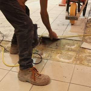 Stripping of ceramic floors in a shopping center